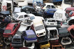 6979673-car-scrapping